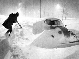 Bão mùa đông lớn lịch sử tấn công vùng Đông Bắc Mỹ