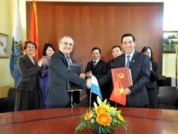 Việt Nam-San Marino ký Hiệp định tránh đánh thuế 2 lần
