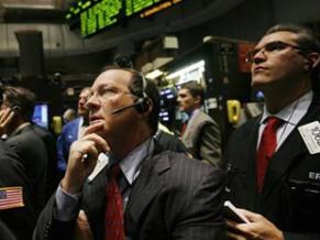 S&P 500 mất đà tăng do lo ngại nền kinh tế