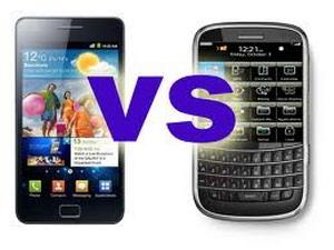 Samsung giành khách doanh nghiệp với BlackBerry