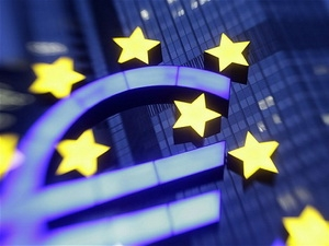 ECB kêu gọi eurozone tiếp tục thắt lưng buộc bụng