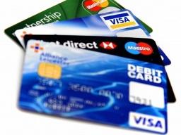 Lượng thẻ tín dụng mới giảm trong quý IV/2012