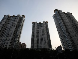 Trung Quốc yêu cầu nhiều thành phố hạn chế mua nhà ở