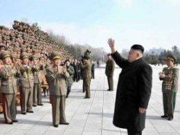 Chùm ảnh nhà lãnh đạo Triều Tiên thị sát tập trận