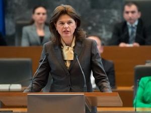 Chính phủ Slovenia sụp đổ
