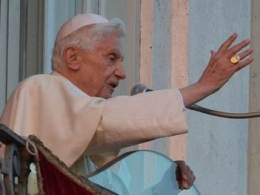 Đức Giáo hoàng Benedict XVI chính thức thoái vị