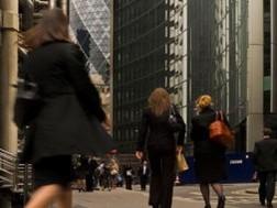 Phụ nữ trong ngành tài chính: Hành trình 40 năm