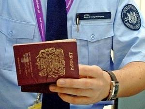 Anh và EU bất đồng về các quy định về di cư tự do