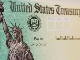 Giá trái phiếu kho bạc Mỹ xuống thấp nhất gần 2 năm