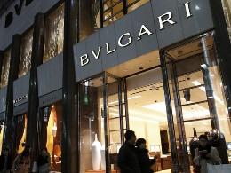Louis Vuitton, Tiffany điêu đứng tại Nhật Bản vì yên giảm