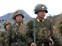 Hơn 1 triệu thanh niên Triều Tiên đăng ký nhập ngũ