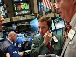 Chứng khoán Mỹ kết thúc chuỗi tăng điểm kỷ lục