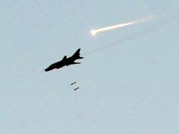 Máy bay Syria không kích biên giới Lebanon