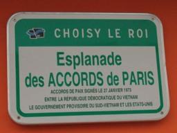 Pháp đặt tên một quảng trường là