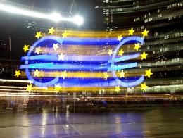 Các bộ trưởng tài chính eurozone phê chuẩn kế hoạch cứu trợ mới cho Síp