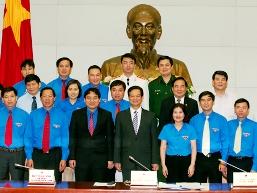 Thủ tướng yêu cầu sớm triển khai mạng xã hội thanh niên