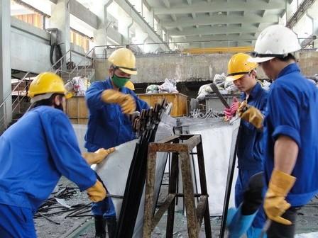 Thu hút lao động ngành công nghiệp có xu hướng giảm