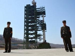 Nhật Bản kéo dài lệnh cấm vận Triều Tiên thêm 2 năm