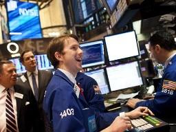 Chỉ số S&P 500 lên cao nhất kể từ 2007