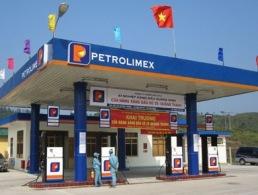 Doanh nghiệp bất ngờ khi giá xăng dầu tăng mạnh