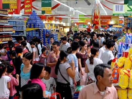 Tổng mức bán lẻ và tiêu dùng 3 tháng tăng 11,7%