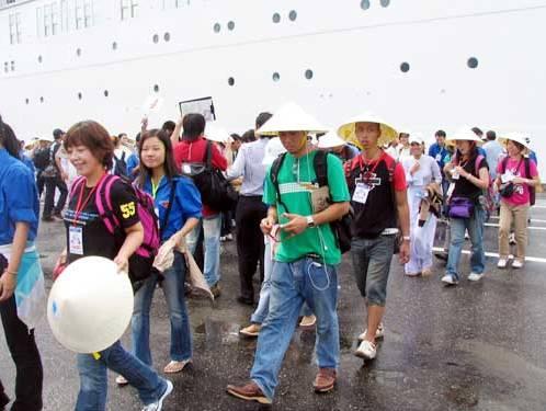 Khách quốc tế đến Việt Nam giảm hơn 6% trong quý I