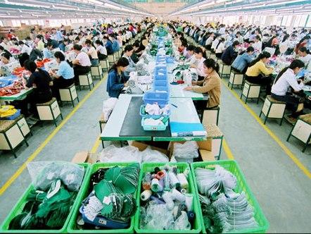 Một số doanh nghiệp dệt may, da giày có đơn hàng ổn định đến quý III