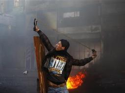 Bờ Tây hỗn loạn vì đám đông người biểu tình Palestine