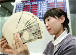 Nhật Bản thặng dư tài khoản vãng lai lần đầu tiên trong 4 tháng
