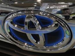 Các hãng ô tô Nhật Bản đồng loạt thu hồi xe vì lỗi túi khí