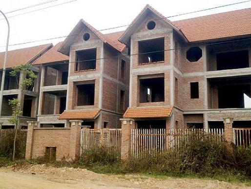 Nhu cầu biệt thự, nhà liền kề thấp do người mua đợi giá giảm