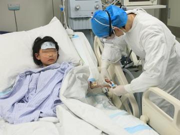 Trung Quốc xác nhận 60 trường hợp nhiễm H7N9, 13 người chết