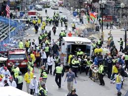 Hình ảnh vụ khủng bố đẫm máu tại giải Marathon Boston