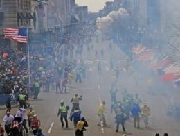 Đánh bom khủng bố đẫm máu tại cuộc thi chạy marathon tại Boston, Mỹ