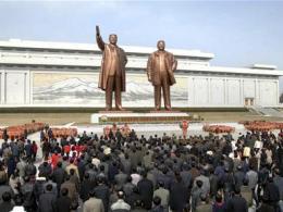 Triều Tiên ra tối hậu thư tuyên bố sẵn sàng tấn công bất ngờ