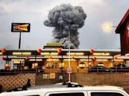 Mỹ tiếp tục rung chuyển vì nổ lớn ở Texas, khoảng 60 người chết