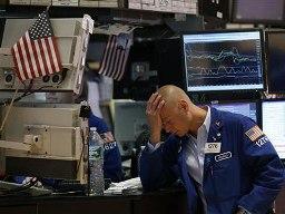 S&P 500 lao dốc sau loạt báo cáo lợi nhuận doanh nghiệp Mỹ