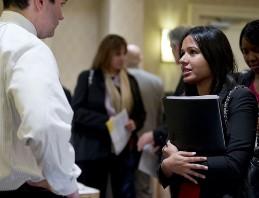Số đơn xin trợ cấp thất nghiệp Mỹ tăng tuần qua
