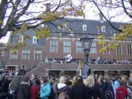 Hà Lan đóng cửa hàng loạt trường học vì lo sợ khủng bố
