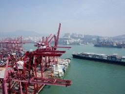 Mỹ siết chặt kiểm tra hàng hóa nhập khẩu