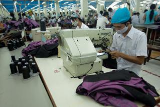 Dệt may Việt Nam tăng cường phát triển nguyên liệu trong nước