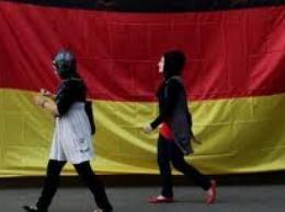 Người châu Âu đổ xô nhập cư vào Đức tránh khủng hoảng