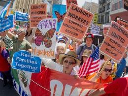 Người nhập cư trái phép có thể tiêu tốn của Mỹ hơn 6 nghìn tỷ USD