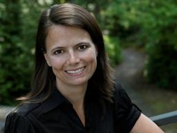Microsoft có nữ giám đốc tài chính đầu tiên
