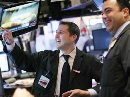 S&P 500 lập kỷ lục ngày thứ 5 liên tiếp nhờ báo cáo kết quả kinh doanh