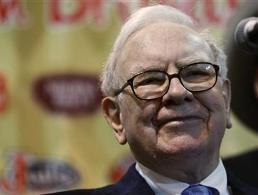 Tập đoàn của Warren Buffett bị S&P hạ xếp hạng tín dụng