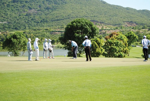 Bảo vệ làn da khi chơi golf