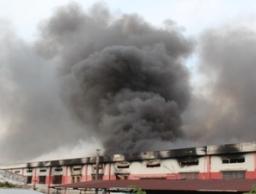 Cháy lớn tại công ty sản xuất đế giày dép, khu công nghiệp Sóng Thần