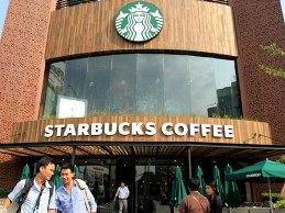 Doanh thu Starbucks tại Việt Nam vượt kỳ vọng