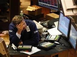 S&P 500 mất đà tăng sau 4 tuần